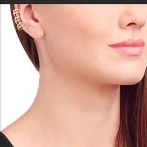 ❇️NWT❇️ Swarovski Goldtone Triple Earcuff